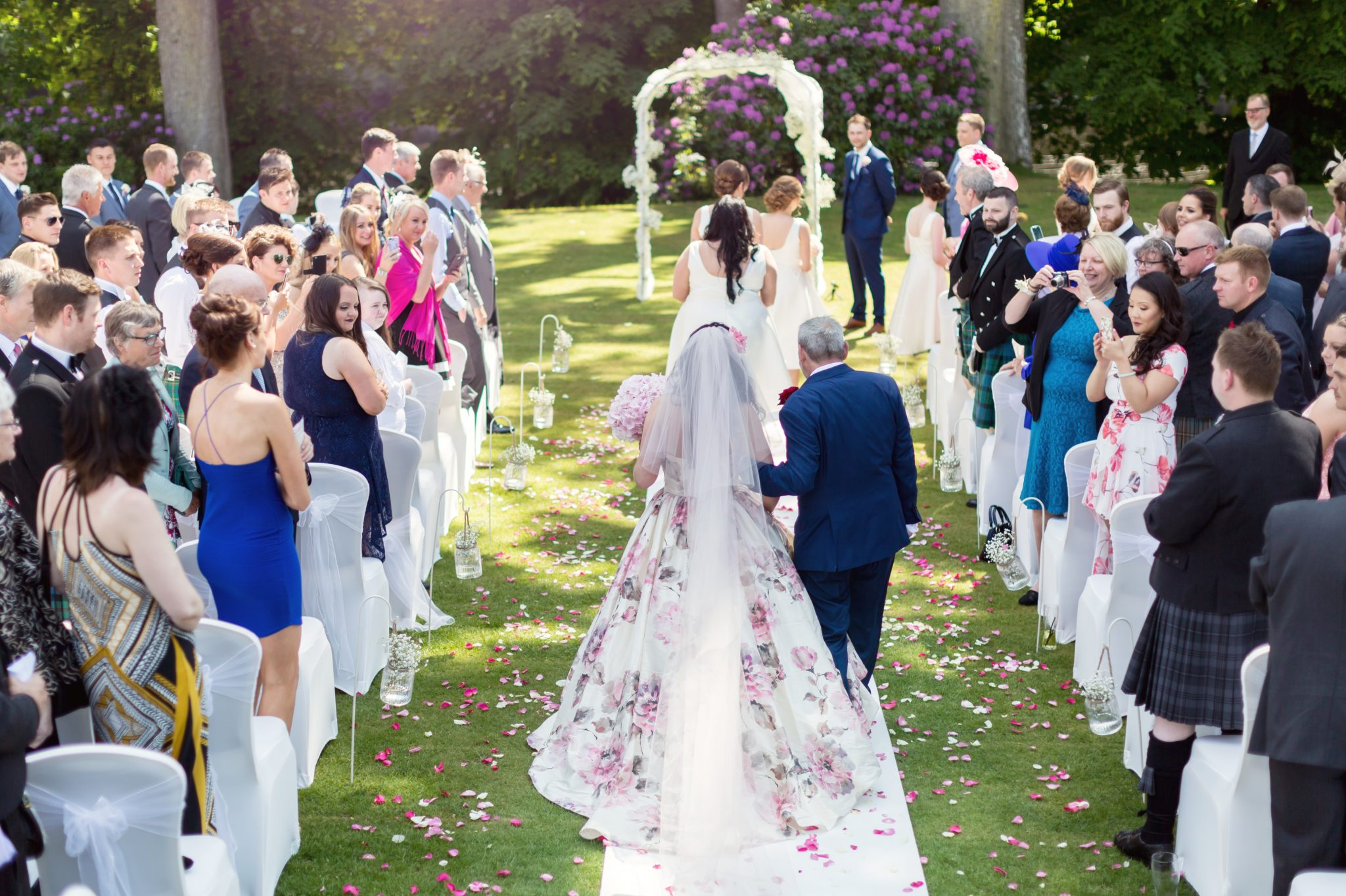 Why You Need a Professional Videographer in a Wedding